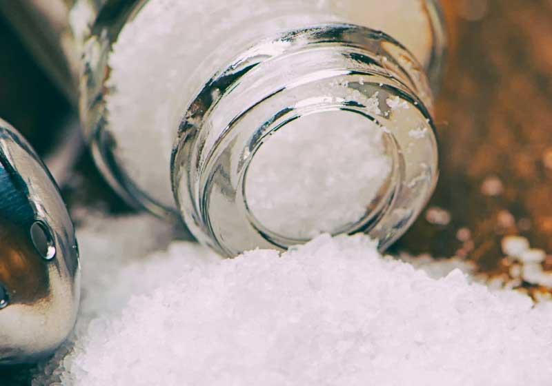 E536 w składzie soli, czyli dlaczego warto czytać etykiety
